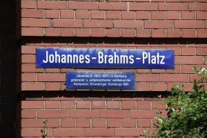 Johannes-Brahms-Platz