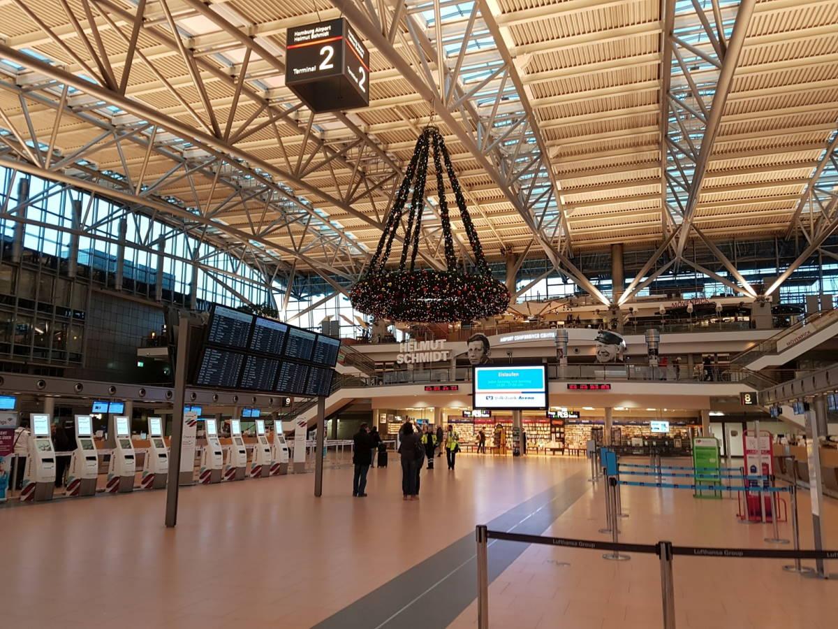 Photo of Flughafen Hamburg 100 Jahre stark: Von Zeppelinen und Airbussen
