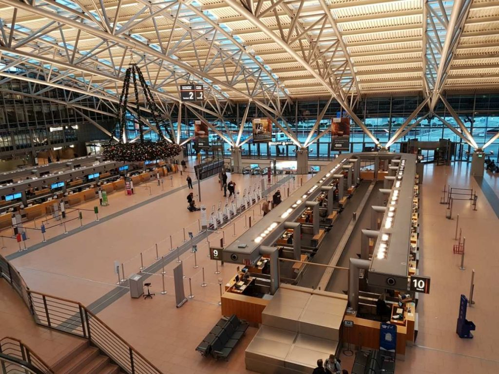 Terminal 2 innen