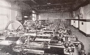 Pumpen der Maschinenzentral-Station zum Antrieb von Winden und Krane