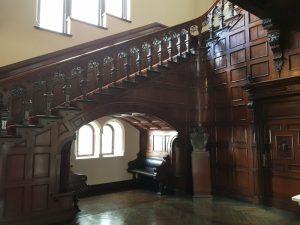 Historischer Treppenaufgang 2